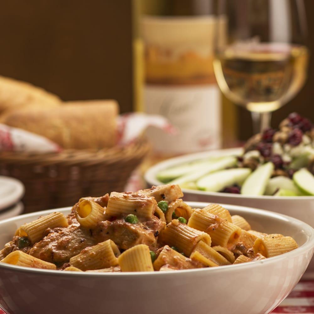 Buca di Beppo Italian Restaurant - CLOSED - 59 Photos & 41 Reviews ...