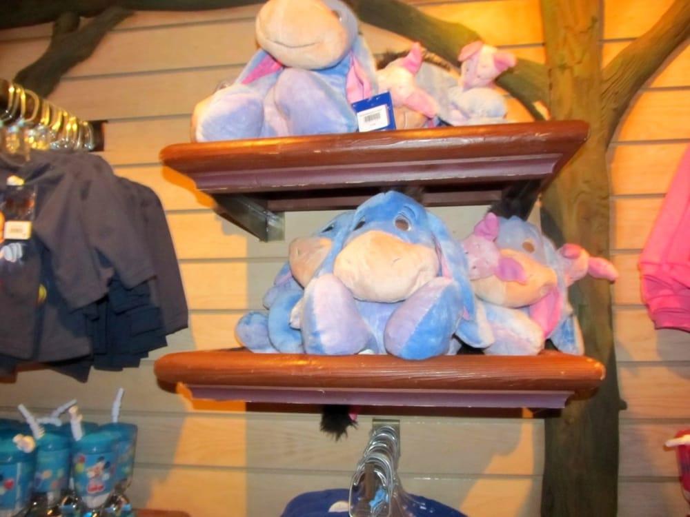 Sir mickey s boutique magasin de jouets fantasyland disneyland paris marne la vall e seine - Magasin marne la vallee ...