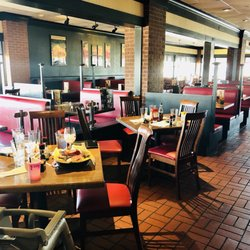 Photo Of Tgi Fridays Seekonk Ma United States The Empty Section We