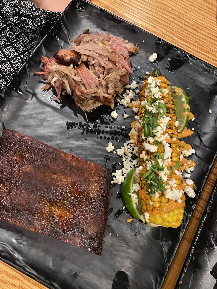 Food from Smokecraft Modern Barbecue
