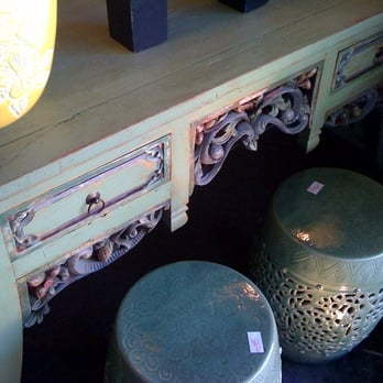 A Antiques  Consignments -   Reviews - Antiques