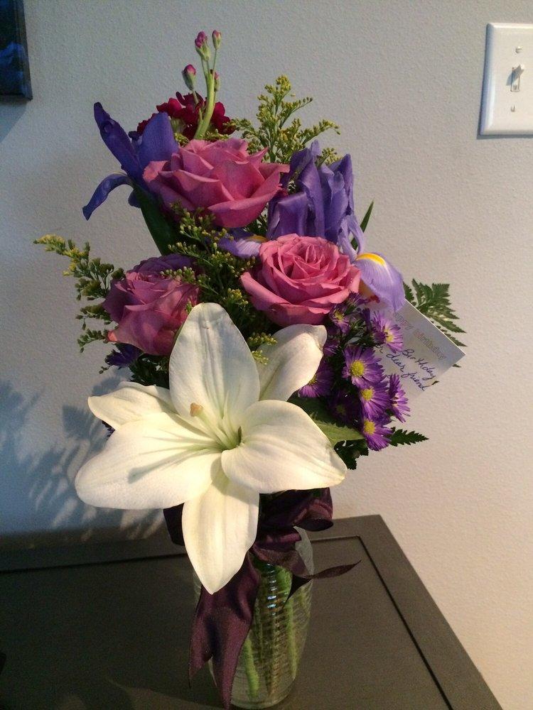 Simply Gorgeous Flowers: 2028 Paxton St, Harvey, LA