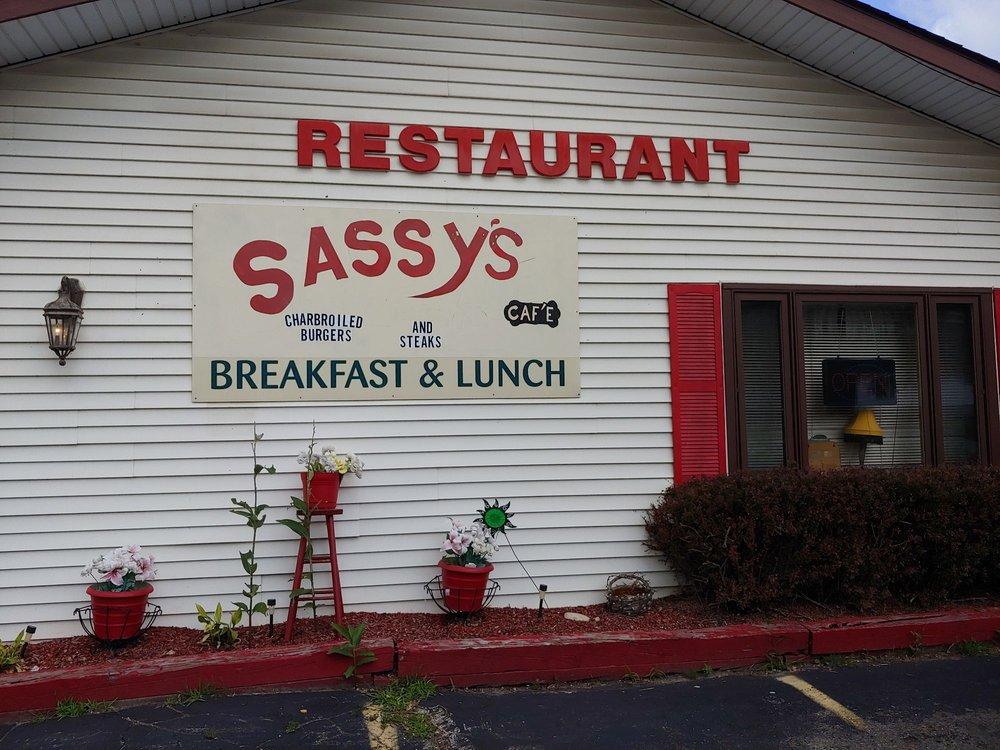 Sassys Hard Pond Cafe: 7850 Mchenry Ave, Burlington, WI