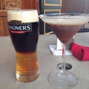 photo of claddagh irish pub newport ky united states black velvet
