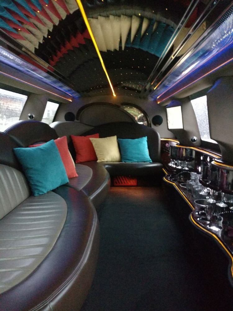 Emerald Limousine Service: W Alex Bell Rd, Dayton, OH