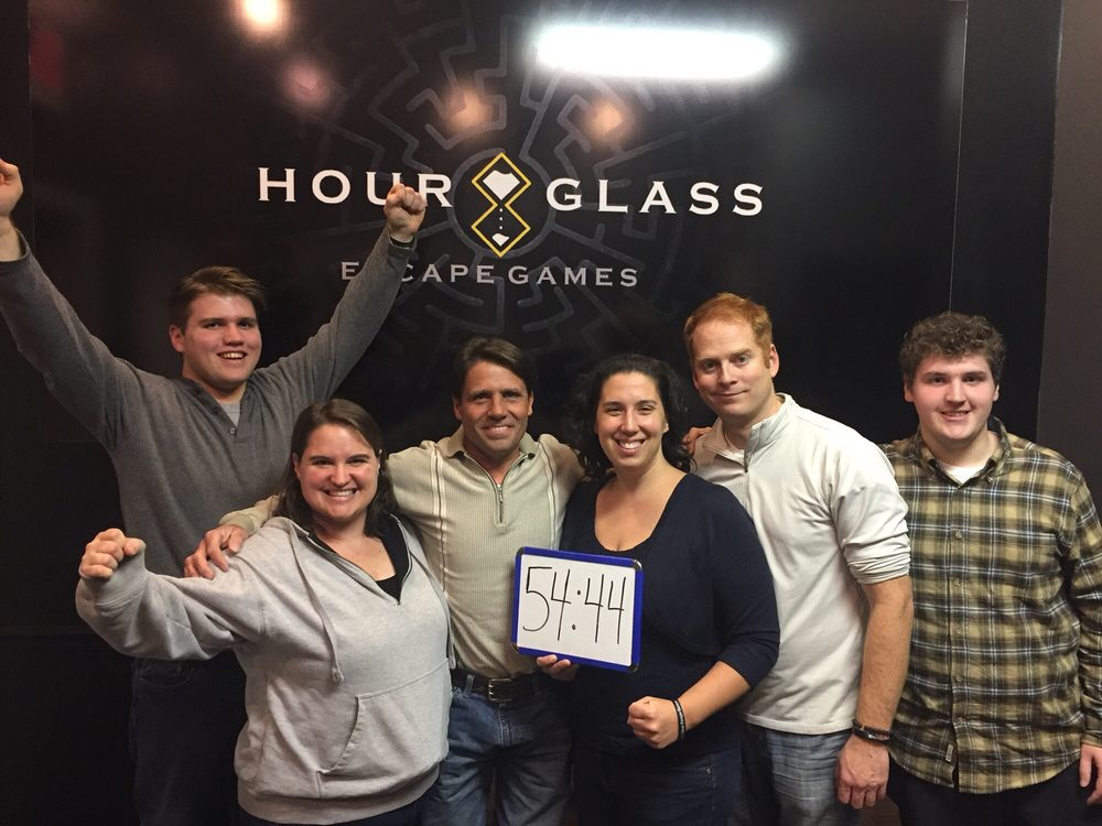 Hour Glass Escape Games: 2522 Scottsville Rd, Bowling Green, KY