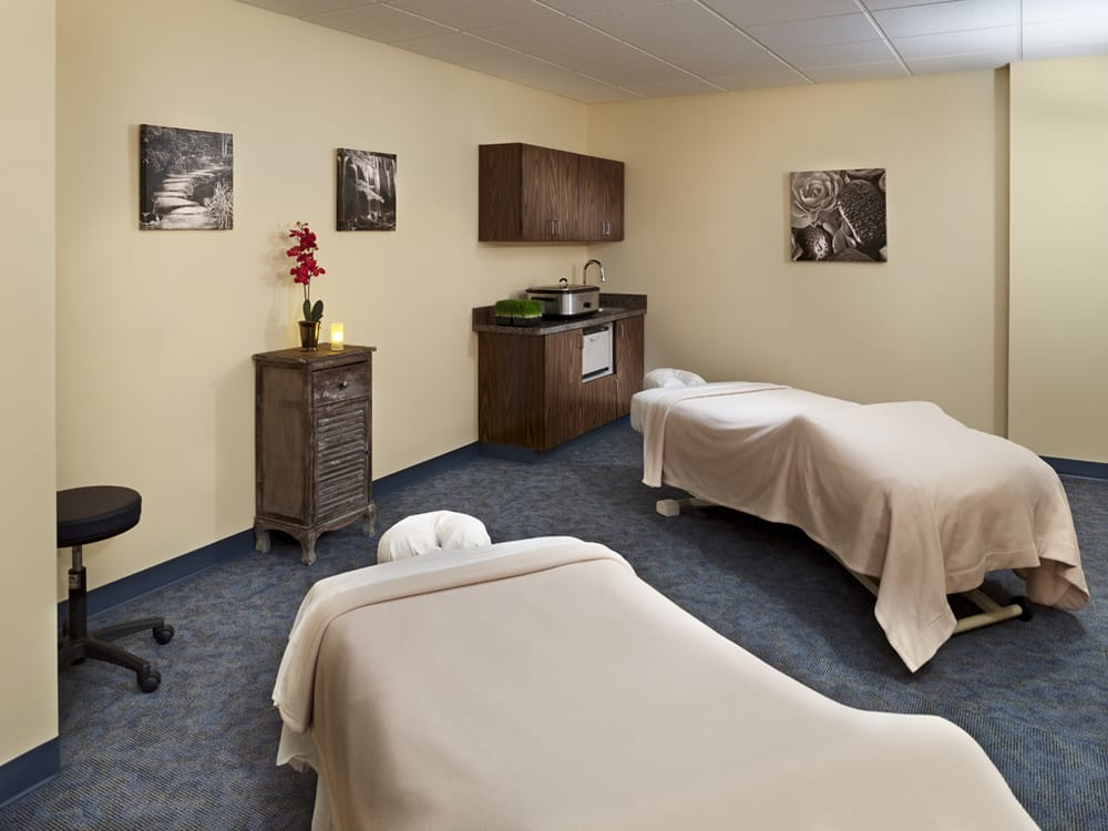 Hand & Stone Massage and Facial Spa: 1425 Locust Street, Philadelphia, PA