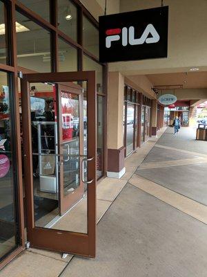 FILA Outlet - Outlet Stores - 1001 N Arney Rd, Woodburn, OR ...