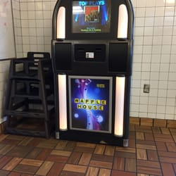 Waffle house 13 reviews takeaway fast food 28100 for Waffle house classic jukebox favorites