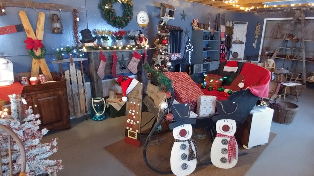 CrafTorious Creations: 2484 W High St, Newark, OH