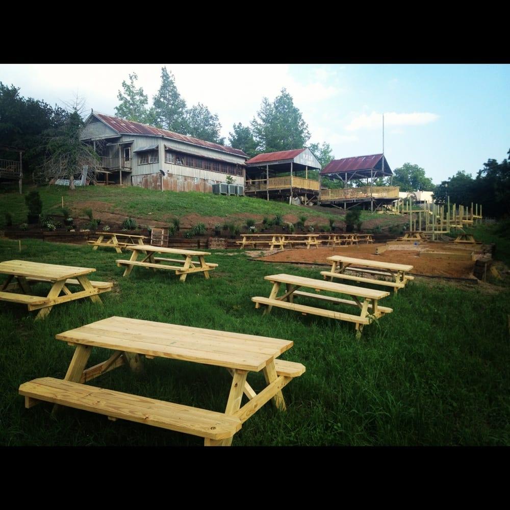 Bastrop Brewhouse 39 S Beer Garden Yelp