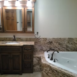 Country gentlemen kitchen bathroom remodeling 116 photos interior design 720 n main st for Bathroom remodeling syracuse ny