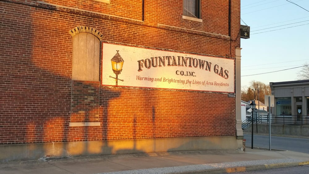 Fountaintown Gas: 106 E Main St, Morristown, IN