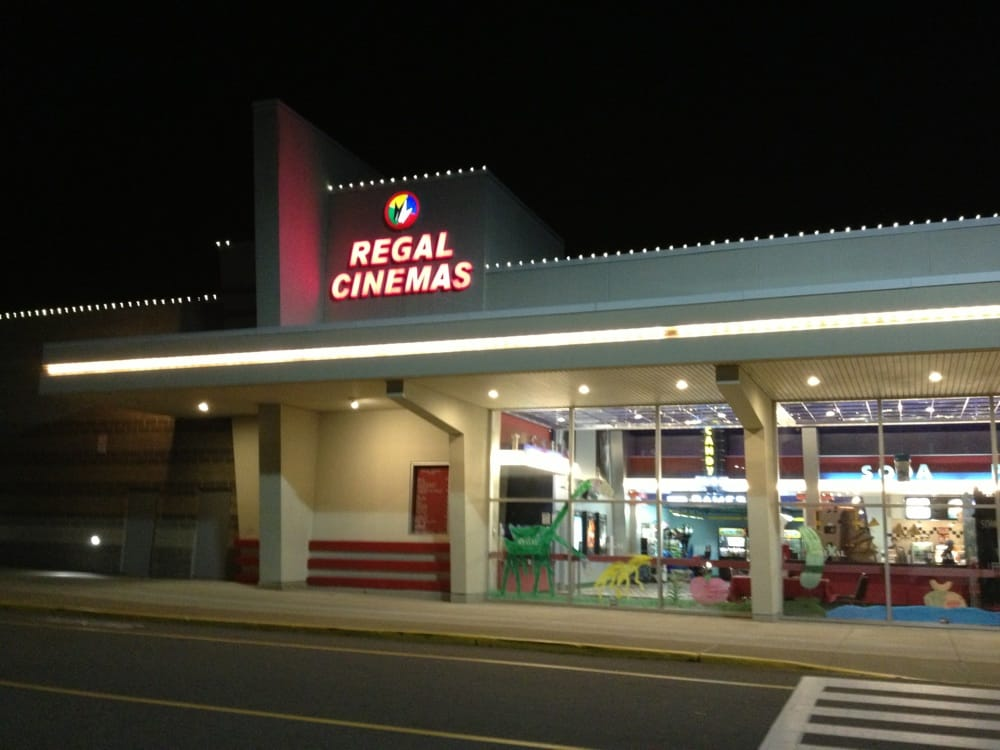 regal cinemas far report Buffalo, ny (wivb) – the clothes shalanda favors and her family wore to regal cinemas, last week, are packed into plastic bags and kept outside their house on the back deck they don't.