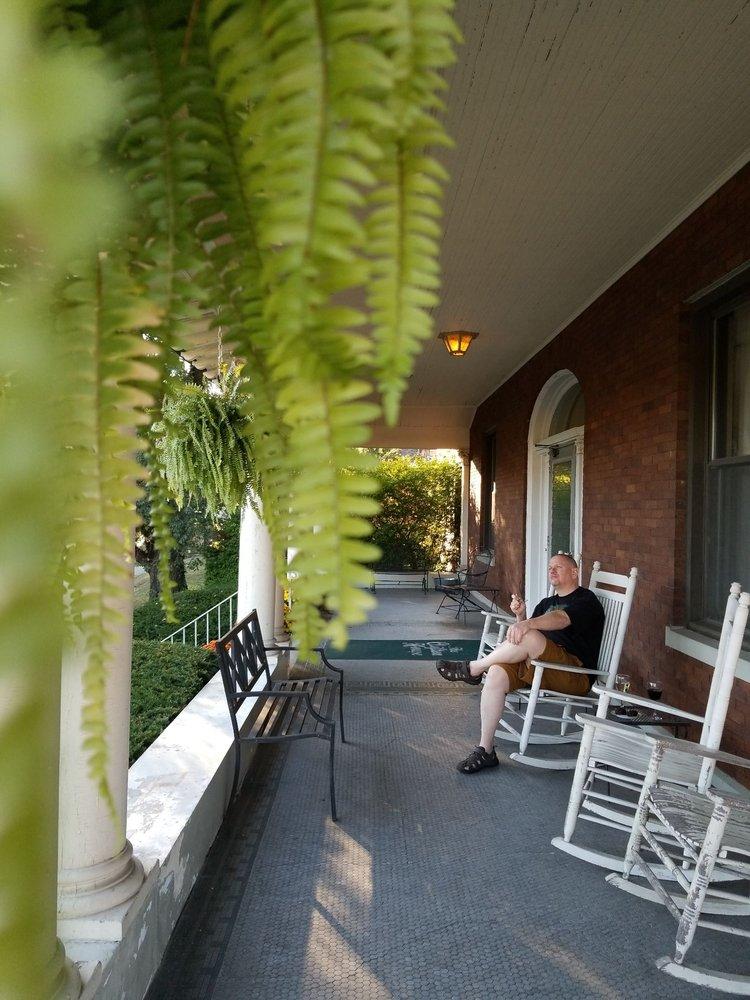 The Clifton House: 500 Terrace Ave, Cincinnati, OH