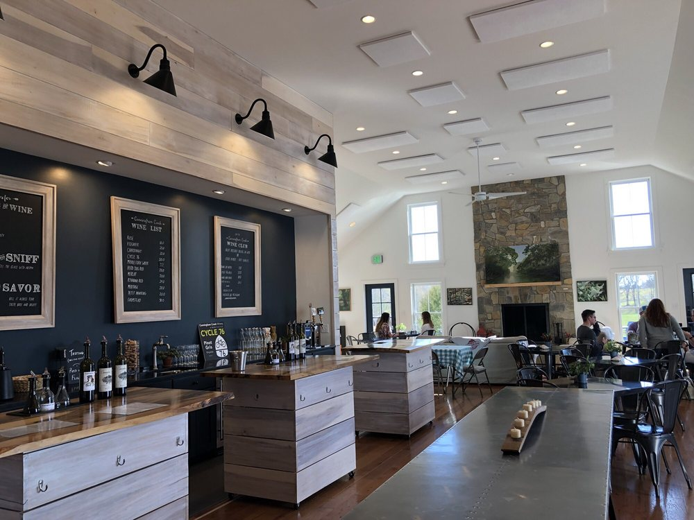 Cunningham Creek Winery & Farm Store: 3304 Ruritan Lake Rd, Palmyra, VA