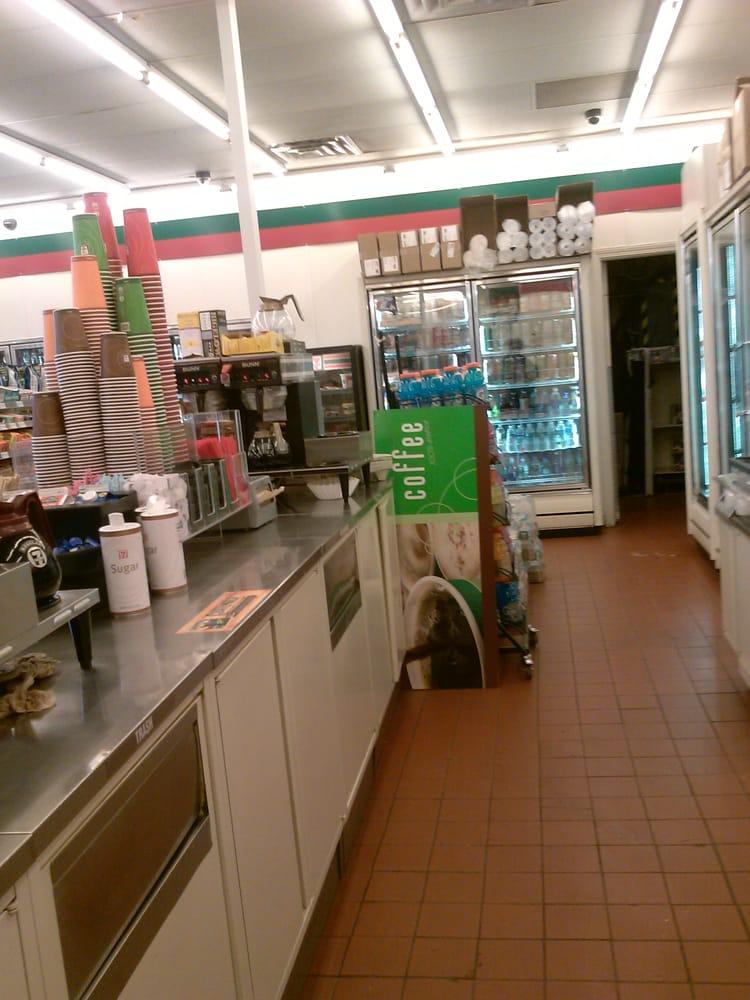 7-Eleven: 152 Taftville Occum Rd, Norwich, CT