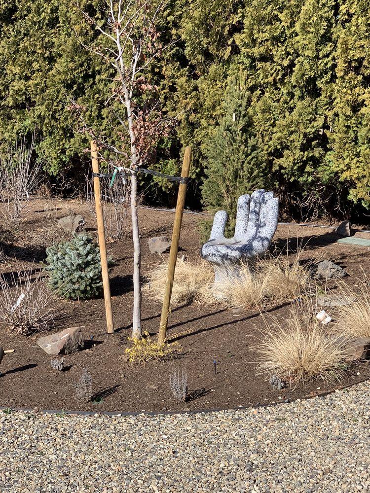 Greencuts Lawn & Garden: Zillah, WA