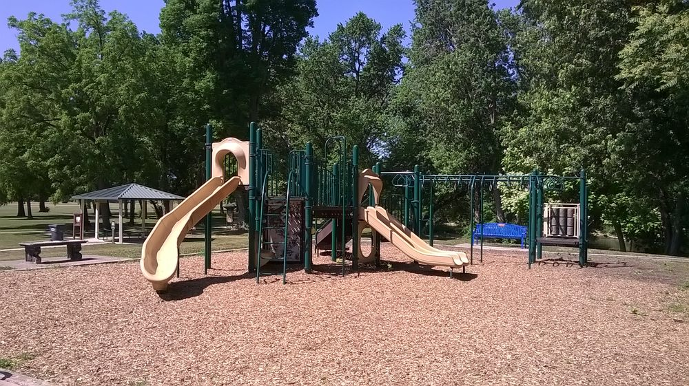 Morrow's Meadow Park: 1901 S Tiger Dr, Yorktown, IN