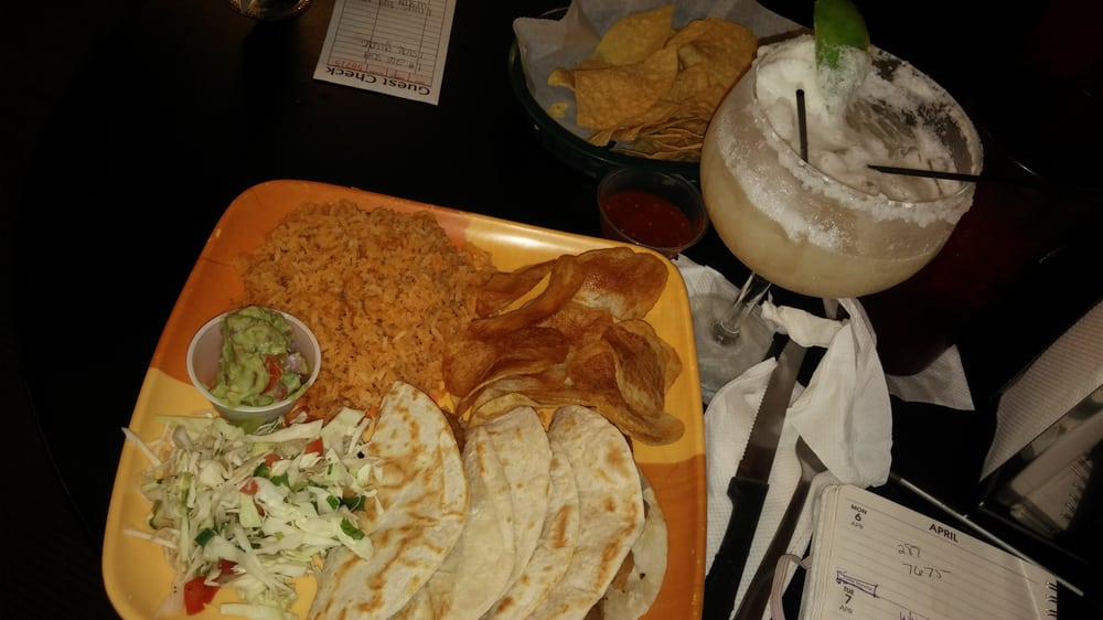 Lily S Mexican Restaurant 37 Photos 99 Reviews 4601 Kingshighway Blvd South Hampton Saint Louis Mo Phone Number