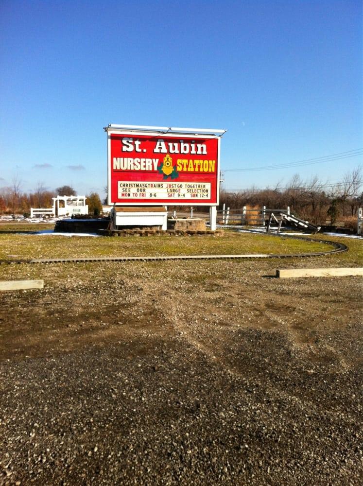 St. Aubin Trains: 11100 Il Rt 176, Woodstock, IL
