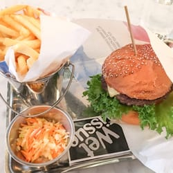 bar burger cafe mall of scandinavia