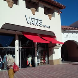 vans outlet store