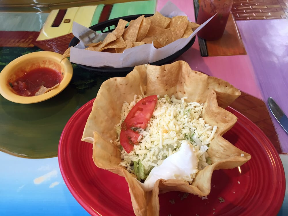 Maria's Mexican Restaurant: 801 Commercial St, Atchison, KS