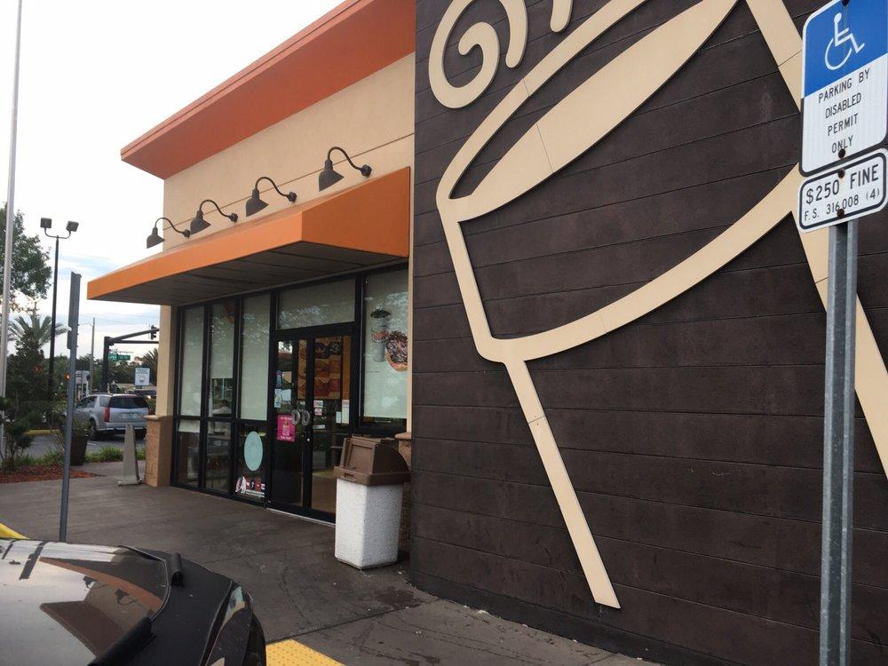 Dunkin' Donuts: 501 Magnolia Ave, Auburndale, FL