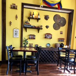 Don Hugos Spanish 7 Bush Ave Newburgh Ny Restaurant Reviews