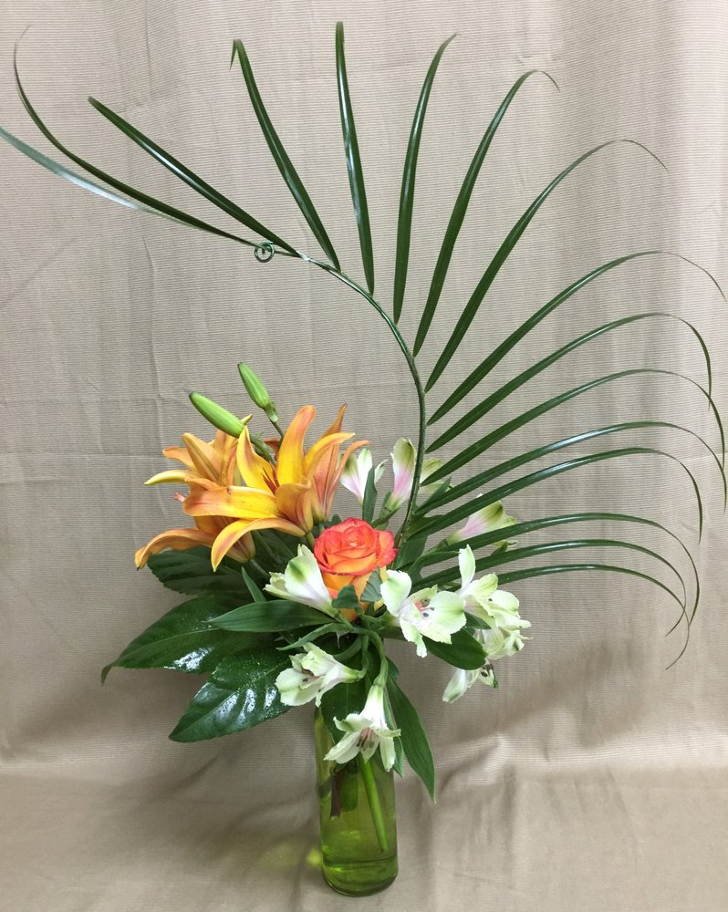 LilyGrass Flowers & Decor: 7101 Nw Expy, Oklahoma City, OK