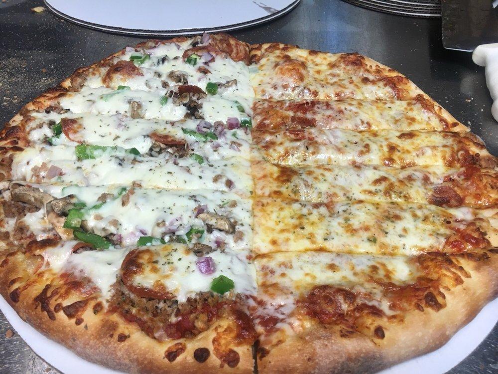 Danny Boy's Pizza & More: 830 W Main St, Geneseo, IL