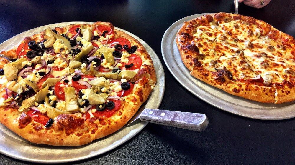 Twisted Pizza: 417 Blue Ridge St, Blairsville, GA