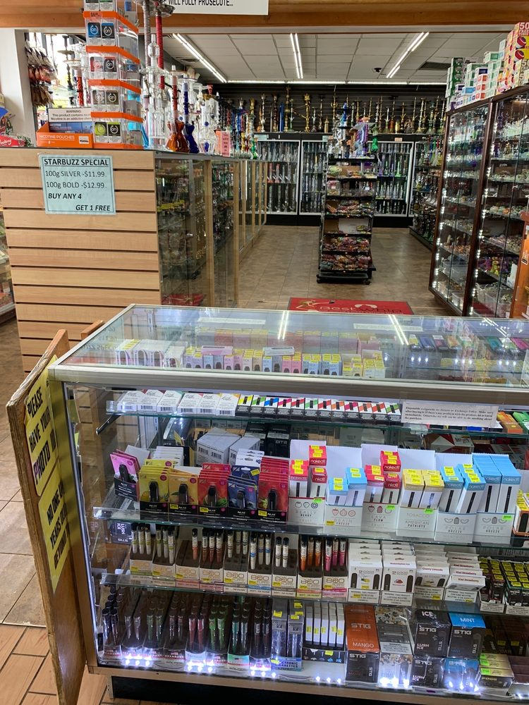 Smoke Stax: 240 N Broadway, Hicksville, NY