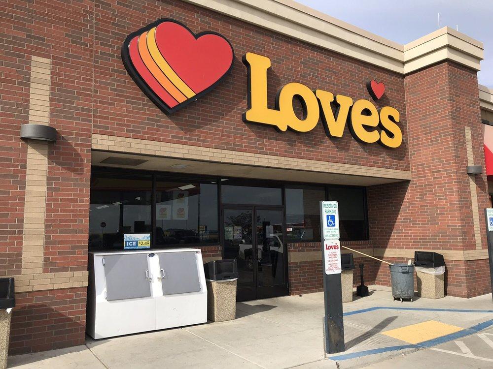 Love's Travel Stop: 1370 N Hwy 261, Ritzville, WA