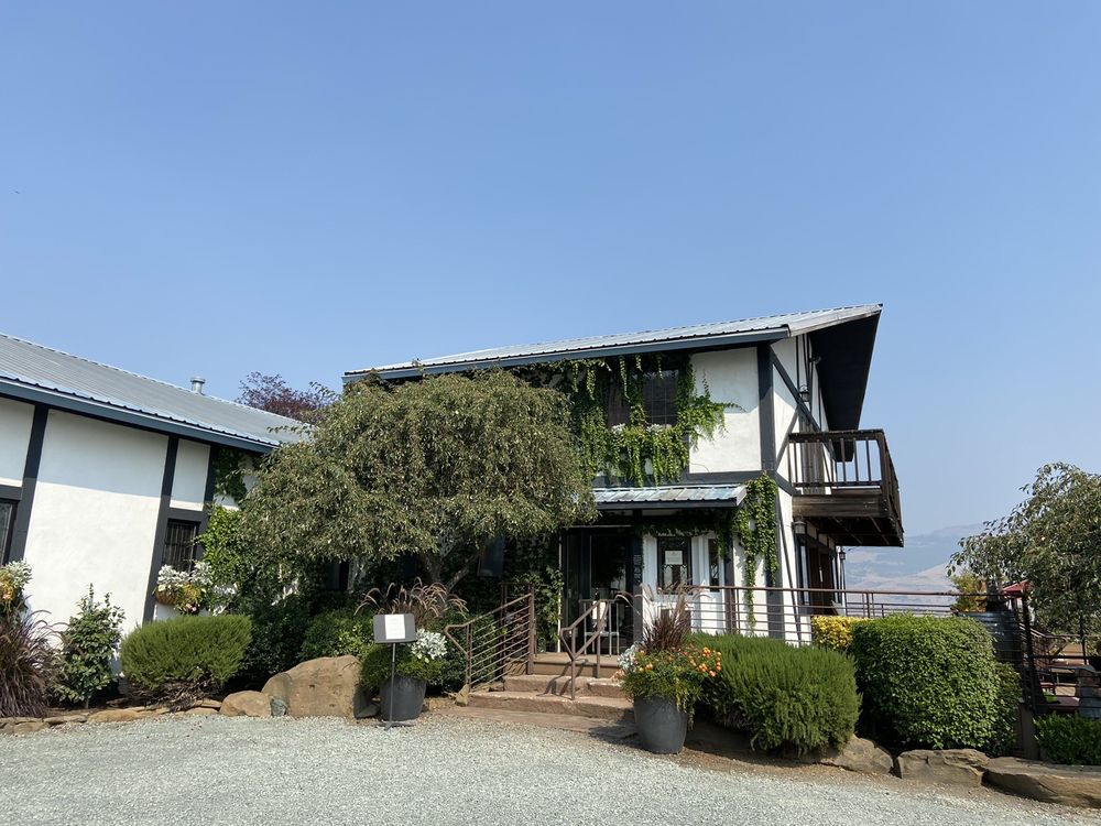 Social Spots from Weisinger Family Winery