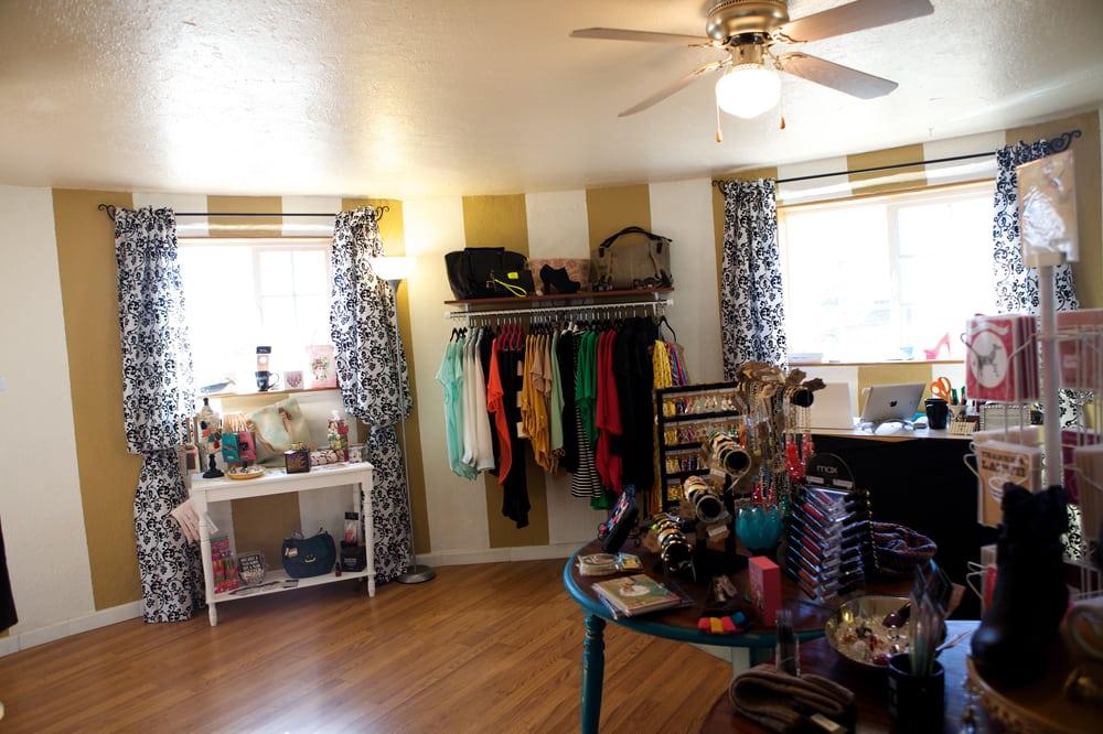 Crown Boutique: 336 Main St, Los Lunas, NM