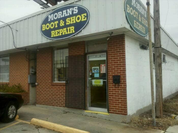 Moran's Boot & Shoe Repair: 301 Westbank Expy, Gretna, LA
