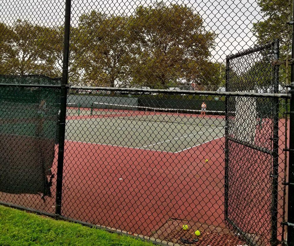 Grant Park: 1625 Broadway, Hewlett, NY