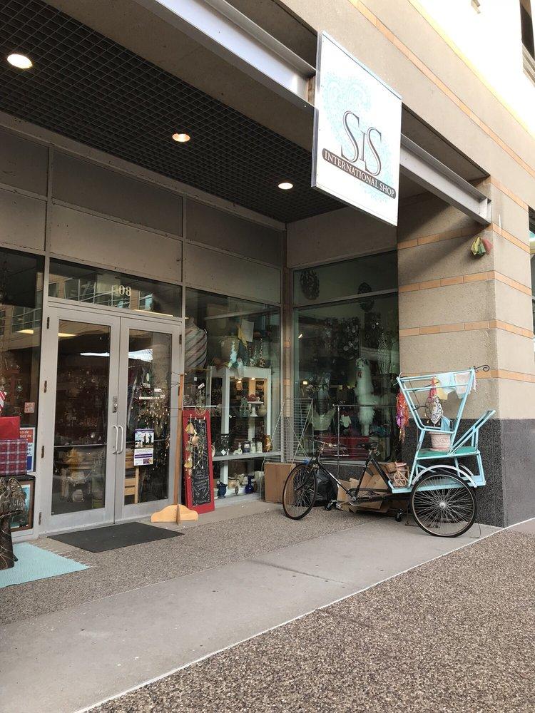 SiS International Shop - Fair Trade: 108 E Second St, Davenport, IA