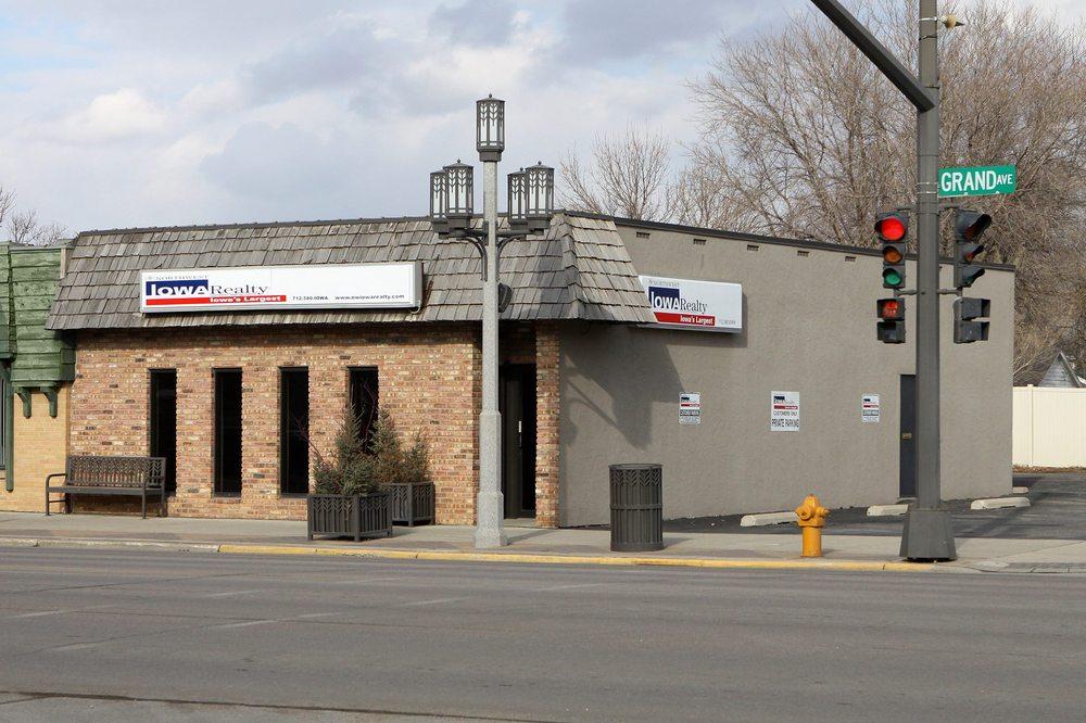 Northwest Iowa Realty: 200 Grand Ave, Spencer, IA