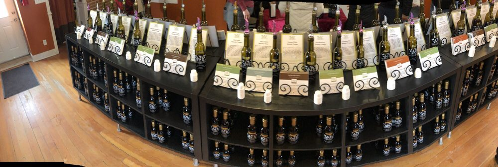 LeClaire Olive Oil: 102 N Cody Rd, Le Claire, IA