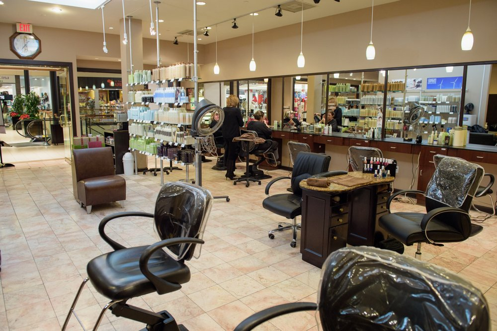 Oasis Aveda Spa & Salon: 21100 Dulles Town Ctr, Sterling, VA