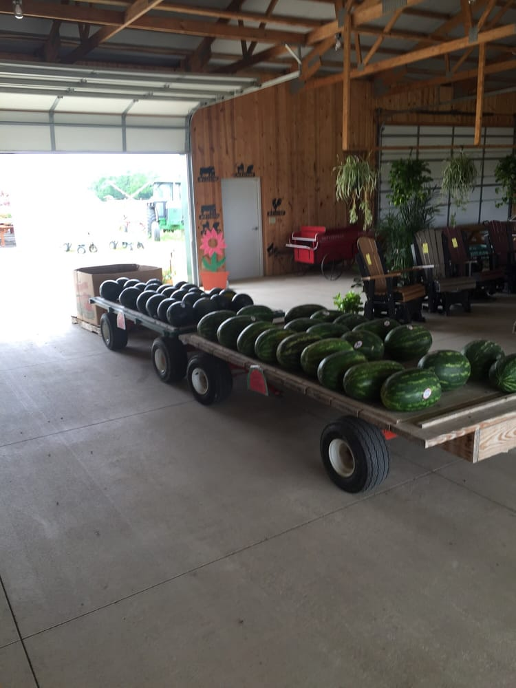 Butterfields Farm Market: 4000 Oxford Trenton Rd, Oxford, OH