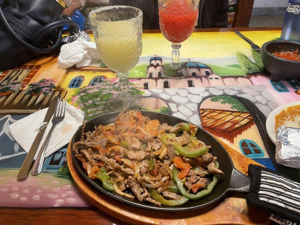 Cozumel Mexican Restaurant: 1198 N Kinzie Ave, Bradley, IL