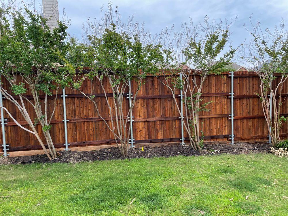 Titan Fence: 301 S Hwy 377, Cross Roads, TX