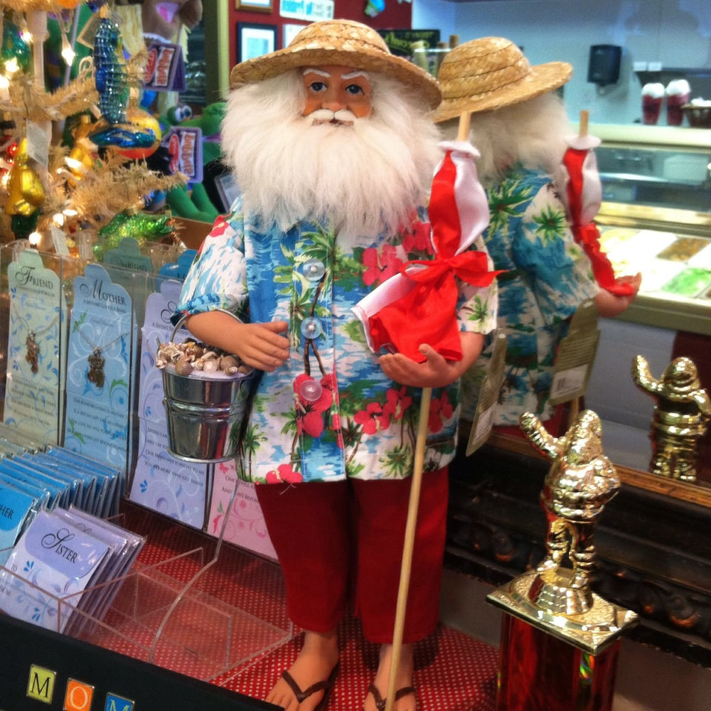 Their store in Three Rivers has a Christmas store! In Avila they ...