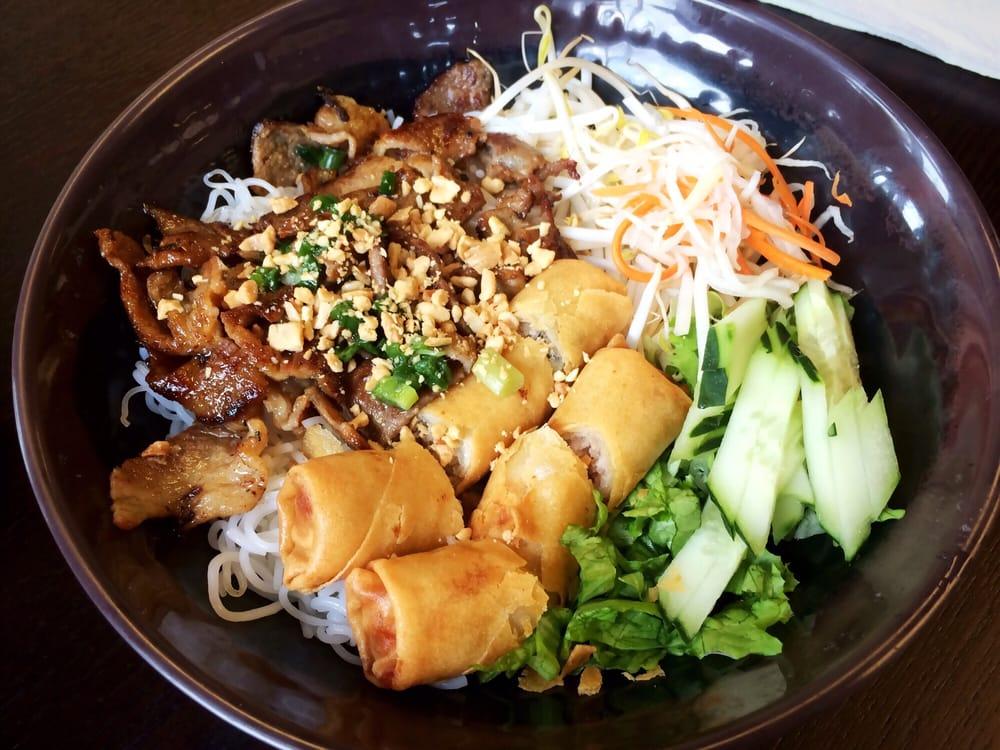 What pho 54 foto e 53 recensioni cucina vietnamita for Cucina vietnamita