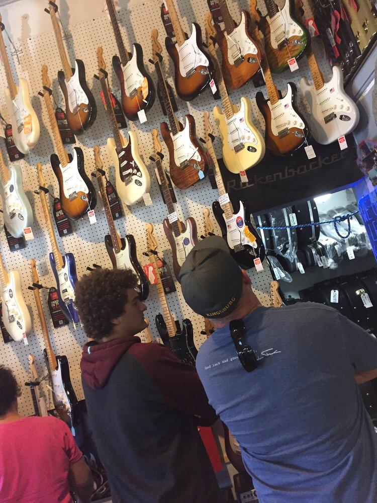 Lightning Joe's Guitar Heaven