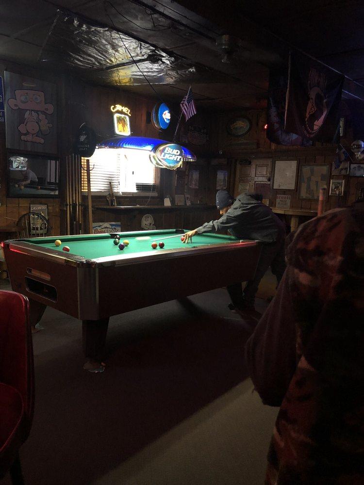 Buckhorn Lodge: 26638 California Hwy 88, Pioneer, CA